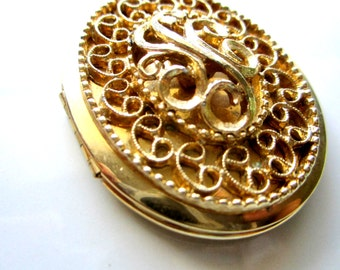 Vintage Large Gold Tone Locket with Filigree and SC Inscription Center, Gold Tone Brass Pendant