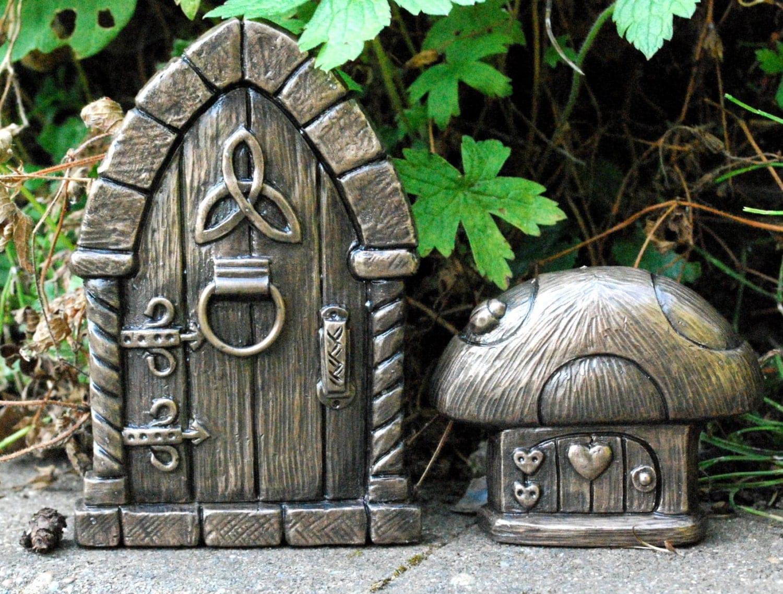 Bronze fairy door celtic design with small mushroom fairy for Fairy door pattern