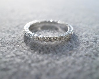 Vintage Silver Tone Multi Round Rhinestone Fancy Eternity Style Wedding Band Ring, Size 7