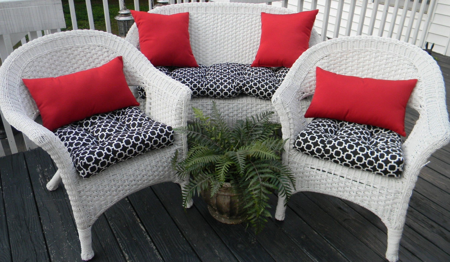 Outdoor Wicker Cushion And Pillow 7 Pc Set Black Amp White