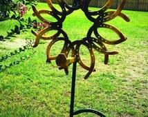 Sunflower Horseshoe yard art, Outdoor sunflower decor, country rustic yard art, Flower garden accessories,large sunflower, Country sunflower