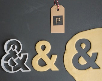 Helvetica font & cookie cutter, 3D printed