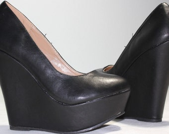 Custom Wedges Custom Heels Custom Shoes Wedding Wedges Wedding Heels Personalized Heels Comic Wedges Comic Heels Comic Shoes Wedding Shoes