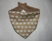 Dribble bib banana Elephant Print, unisex nude baby bib with fleece backing