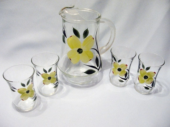 Dixie Dogwood Juice Pitcher And 4 Juice Glasses Hand Painted