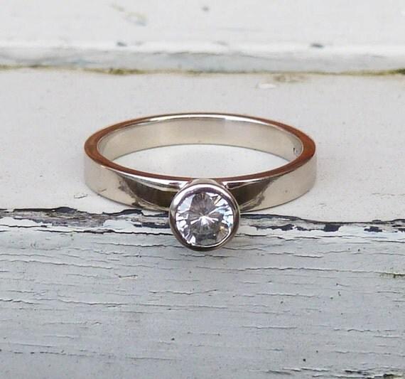 Moissanite engagement ring 14ct white gold moissanite