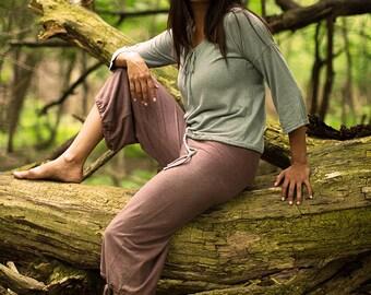cotton yoga pants, organic cotton pants, hemp pants, organic pants, wide leg pants, Indian fig cropped tie-bottom layering pants