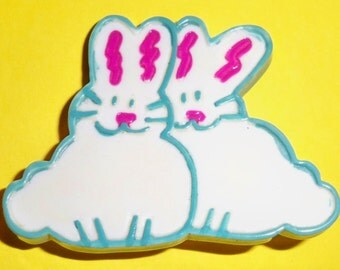 Vintage Easter Bunnies Pin - Easter Pin - Easter Bunny Pin Collectible GUC