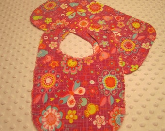 Ready to Ship ~ Baby Girl Bib and Burp Cloth Set ~ Reversible Flowers and Butterflies Triple Layers of Soft Flannel