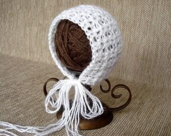 Newborn bonnet Mohair newborn hat Baby girl bonnet Crochet newborn hat Newborn Photo prop hat Newborn girl hat Mohair bonnet New born hat