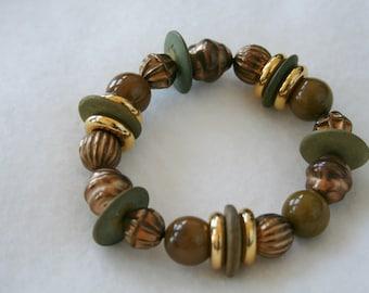 Vintage Plastic Beaded Bracelet - Apple/Copper-Colored