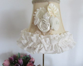 Shabby chic lamp shade, lace shade.