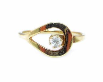 Delicate Vintage Avon Gold Loop and  Crystal Clear Rhinestone Ring - Size 5.5
