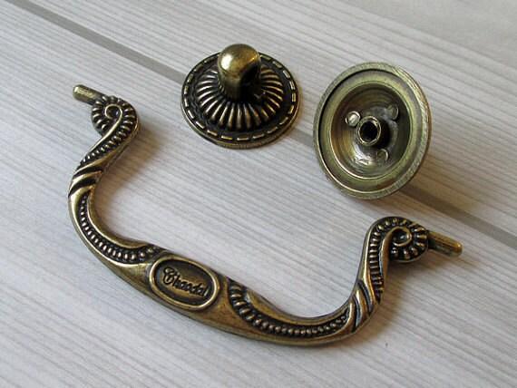 3 4 vintage style dresser pulls drawer pull handles for Furniture bail pulls