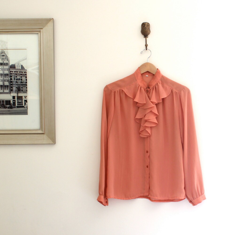 1960s vintage blouse 60s secretary blouse vintage by violetteroad. Black Bedroom Furniture Sets. Home Design Ideas