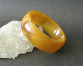 Vintage Marbled Butterscotch Chunky Bakelite Bangle Bracelet Tested