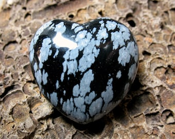 Snowflake Obsidian Puffed Heart, 30 mm - Item 56039s