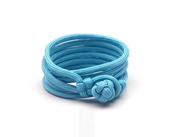 Mens bracelet in azure paracord, vegan mens jewellery handmade in Italy.