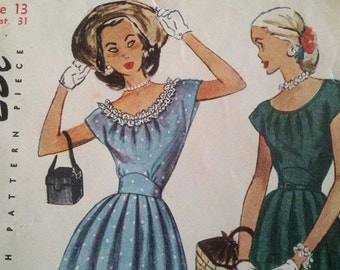 Circa 1940s Simplicity Pattern 2469 Junior Misses and Misses One-Piece Dress Size 13