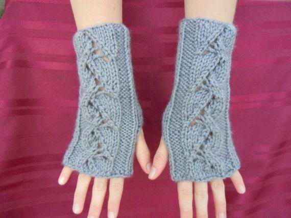 arm warmers (nknitting at etsy)