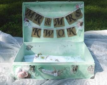 Custom  Wedding Guest Book Box, Mint Green Wedding Card Box, Rustic Distressed, Guest Book Alternative, Suitcase, Aqua, Shabby Chic, Vintage