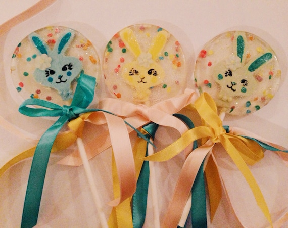 3 Marshmallow Flavored Colorful Funny Bunny Easter Glitter Lollipops