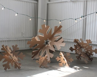 32in Giant Cardboard Snowflakes Set