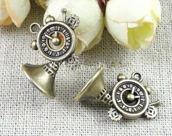 20 pcs of antique bronze horn charm pendants  19x22mm