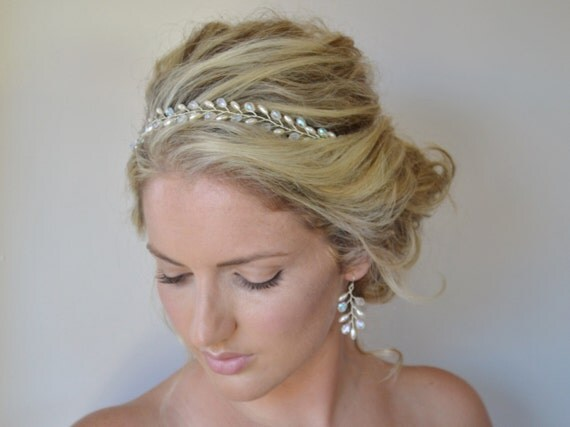 Top 5 Types Of Bridal Accessories You Must Have