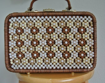 SALE 1950s Wicker Box Purse,Steampunk Rockabilly,Lucite Handles & Trim,Vintage Faceted Beads