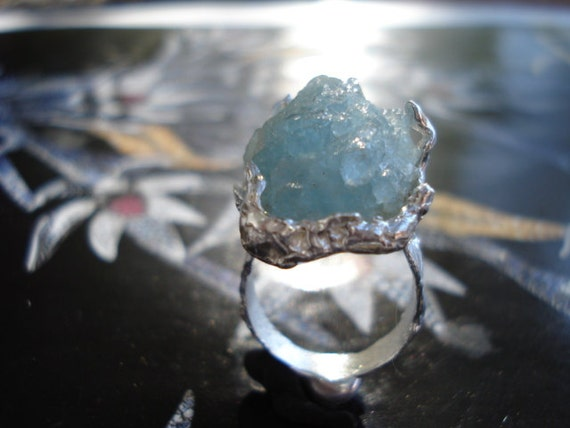 Raw Blue Aquamarine Ring -  Rough Uncut Blue Aquamarine - Natural Gemstone Ring K10