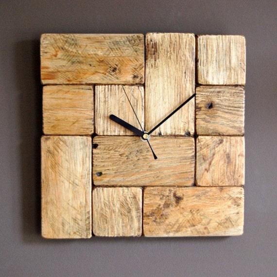 Orologio da parete in legno in stile tetris pallet - Parete in legno fai da te ...