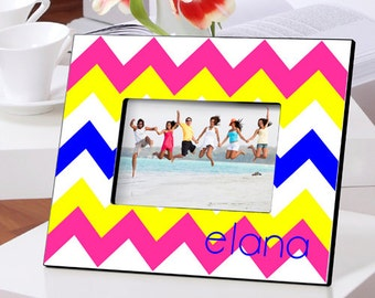 Personalized Frame in a Chevron pattern - Mother's Day Gifts - Gifts for Mom - Personalized Bridesmaid Frame - Picture Frame - GC993 ZIGZAG