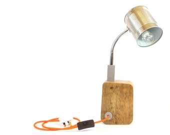 Tin-can Spot-lamp with reclaimed wood