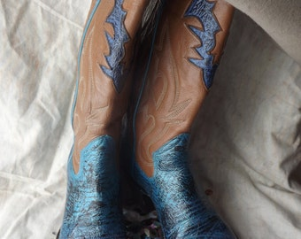 Women's Hand-Painted Cowboy Boots Size 6B