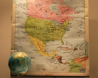 Vintage School Map of North America (United States / USA) from 1974