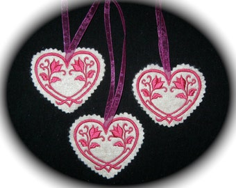 Christmas~Valentine ~ Wreath Ornament Decoration Heart Machine Embroidered in Fuchsia on Oatmeal Felt