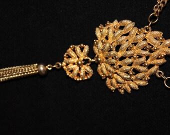 Vintage Lisner Signed Gold Tone Necklace, Pendant, Mid Century, Multi Strand, Adjustable