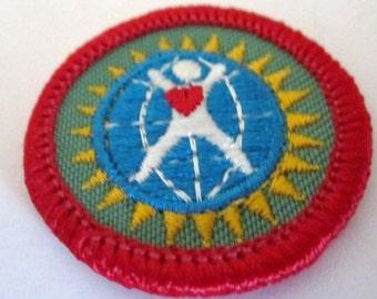 """Junior Girl Scout Badge """"Dabbler"""" circa 1980"""