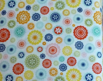 Cotton Fabric, Quilt Fabric, Clothing Fabric, Home Decor, Geometric Fabric, Lazy Day by Riley Blake Designs, Modern Flowers