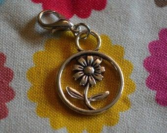 Daisy flower charm dangle