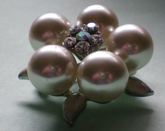 Large Faux Pearl Cluster Pin - 3360