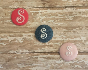 Monogrammed button cover.Size 1 1/2 inches.