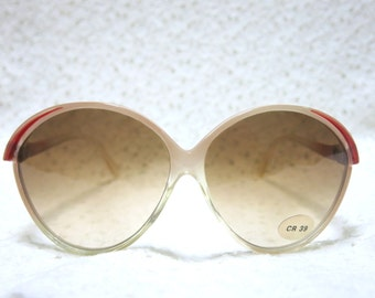Vintage Red & White Round Sunglasses, 1980s – Brand New, Dead Stock