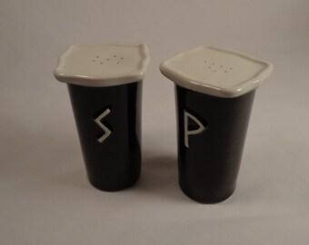 Salt and Pepper Shaker Set . Black Gloss