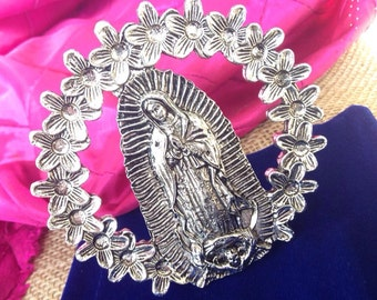 Desk top Virgin Of Guadalupe surrounded By flowers/ Virgen De Guadalupe Rodeada De Flores Para Mesa / antique silver finish.