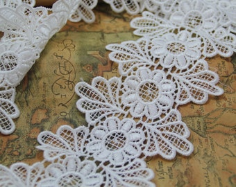 1 Yard- 2014 New Arrival 10cm wide Off White Venice Lace Trim, Flower Lace Trimming