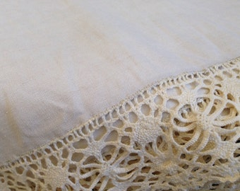 Fabulous Vintage Ecru Handmade Linen Tablecloth