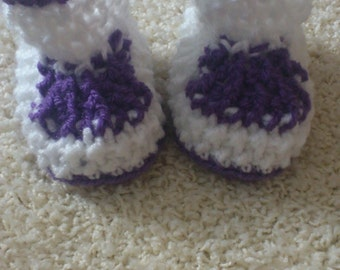 lovely crocheted baby shoes, booties