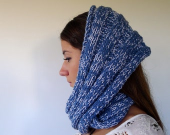Knit infinity scarf. Chunky neckwarmer in blue. Handmade cowl. Circle scarf. Knit eternity scarf. Eternity cowl. Winter scarves. KEENbyAM